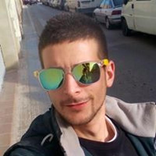 Dani Paulano's avatar