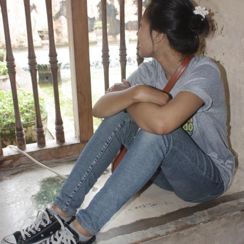 RaRa Kharin Annisa's avatar
