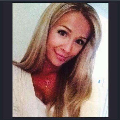 Sarah Edmenson Bremner's avatar