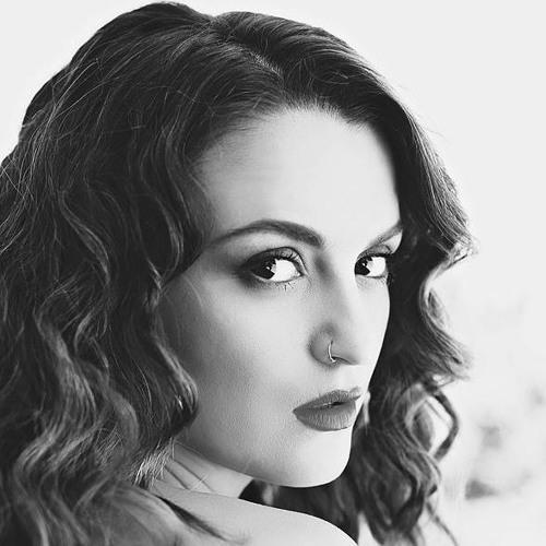 sarahpetrella's avatar