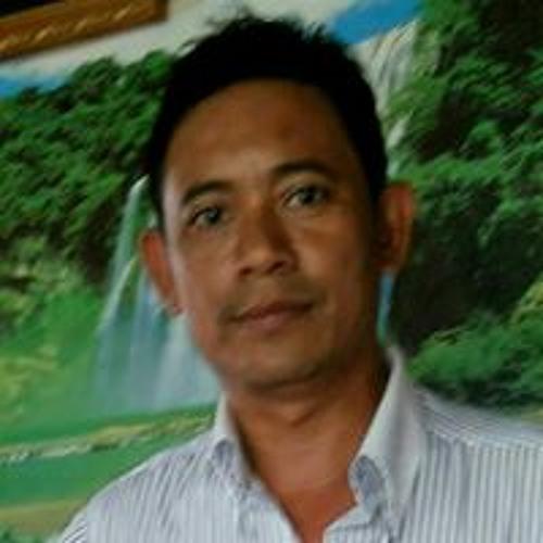 Thant Zin Oo's avatar