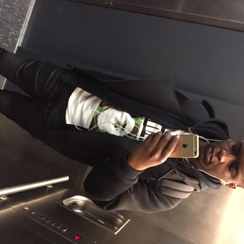Aaron Mayunga's avatar