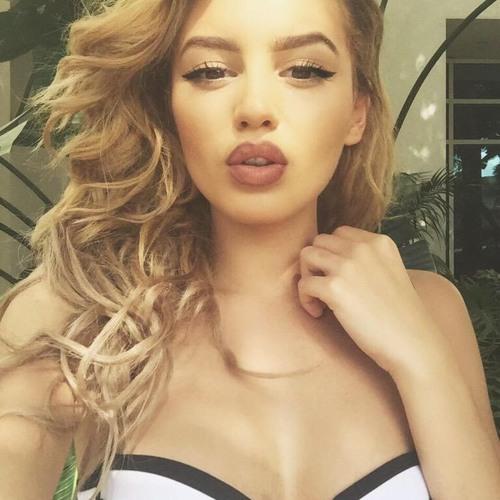 Salina Matthew1's avatar