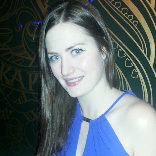 Natalie Walchester's avatar