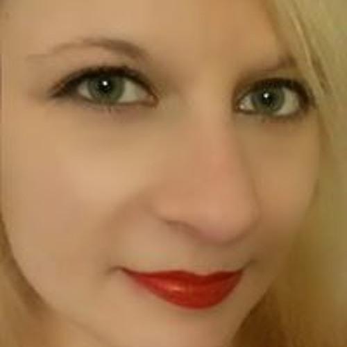 Nadine Aysche's avatar