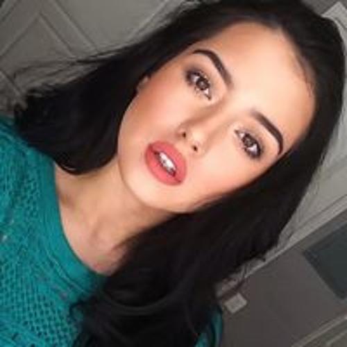 Nicolette Honeycutt's avatar