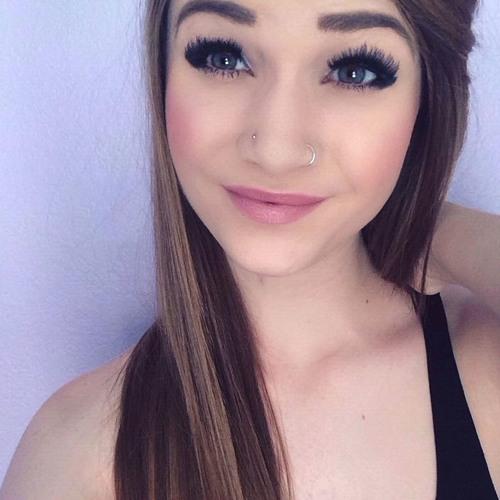 Stefanie's avatar