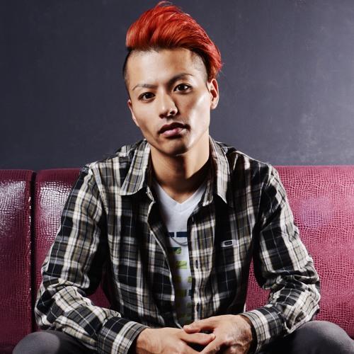 NAOTO TAKAOKA's avatar