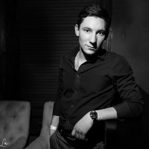 Petros Eroyan's avatar