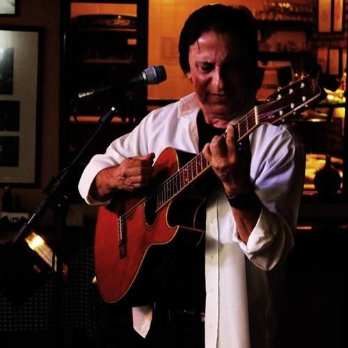 Flavio Faria's avatar