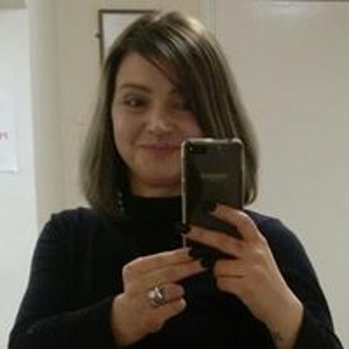 Sarah Lovell's avatar