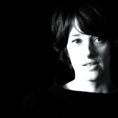 Caroline Devine's avatar