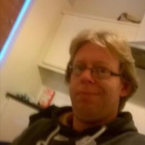 TECHNO junkie's avatar