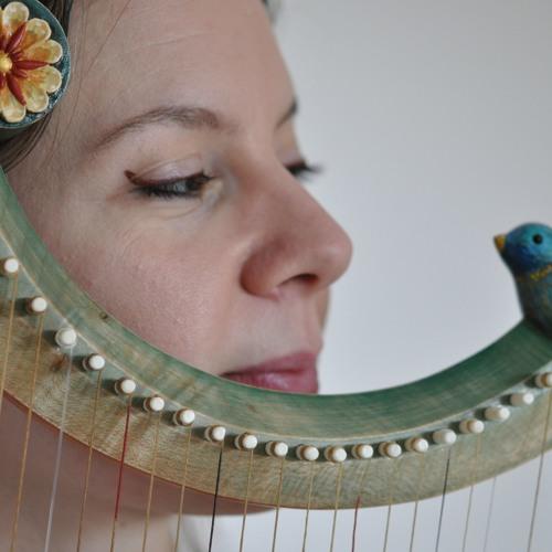 Eva Fogelgesang's avatar