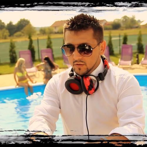 DJ Suvy's avatar
