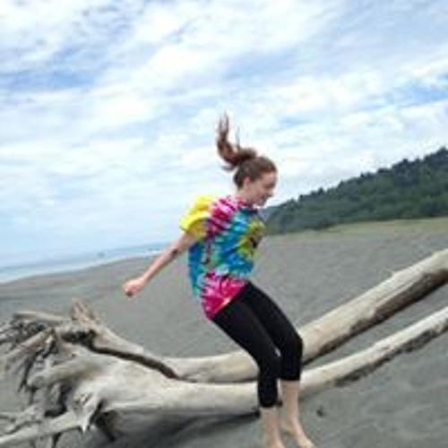 Clare Canavin's avatar