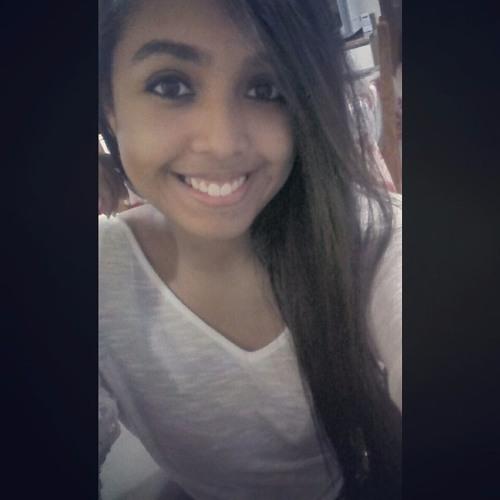 Helen Mfonseca's avatar