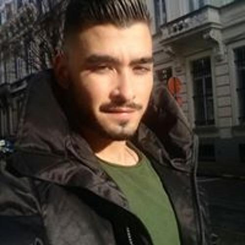 Mr-V's avatar