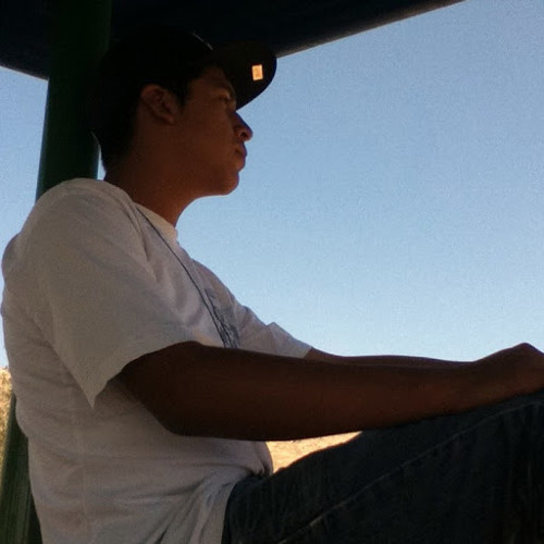 Roger Rodriguez's avatar