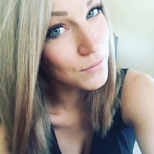 Liz's avatar