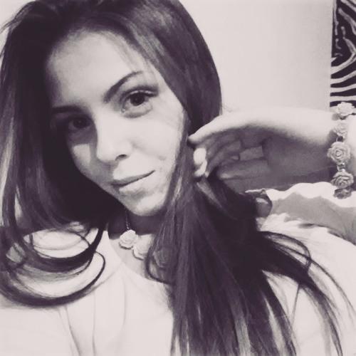 AdelaKhalif's avatar