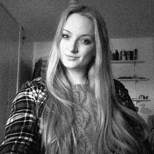 Julia Pes's avatar