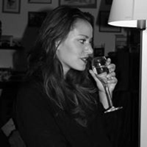 Julie darling's avatar
