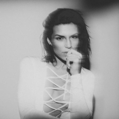 Sabrina Antoinette's avatar