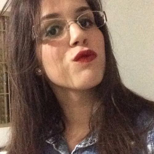 anavitoriagomes's avatar