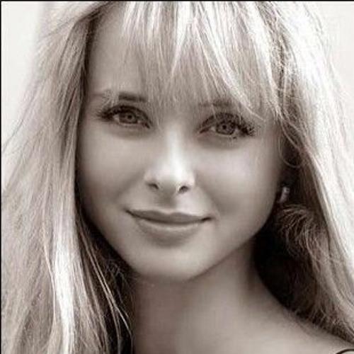 sophia REPOSTS's avatar