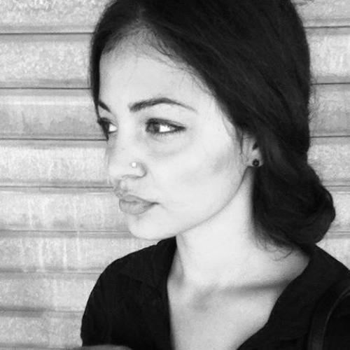 Luisa Fernandez's avatar