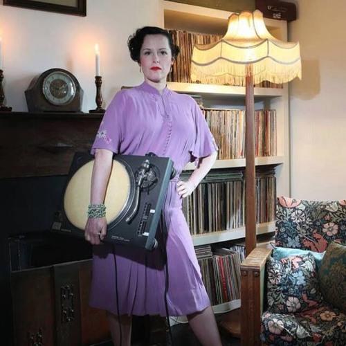 Auntie Maureen's avatar