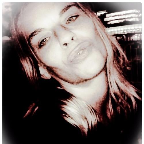 Lou Dallas's avatar