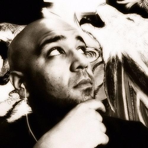 Luis Lobo 3's avatar
