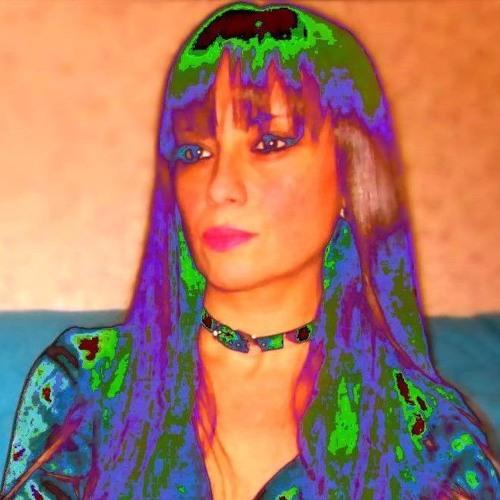 Tara from Paris's avatar