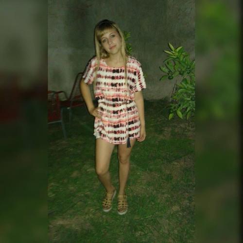 MIlagros Daniela's avatar