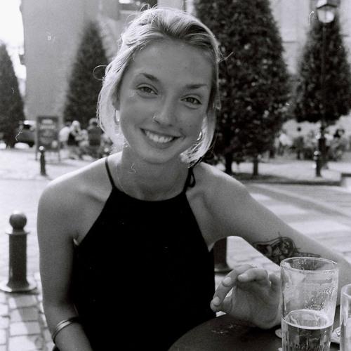 Mary657's avatar