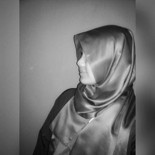 Niken Khalida's avatar