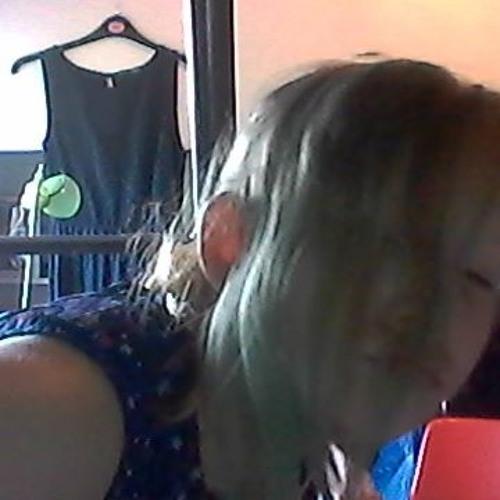 laura101's avatar