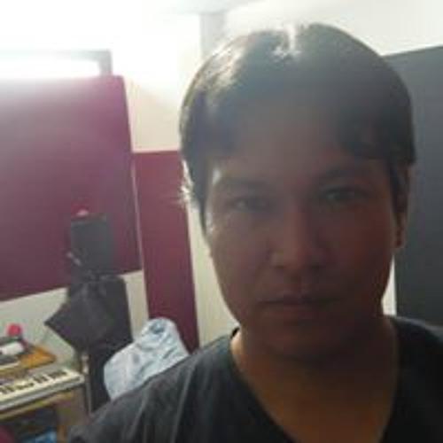Carlos A. Saldaña's avatar