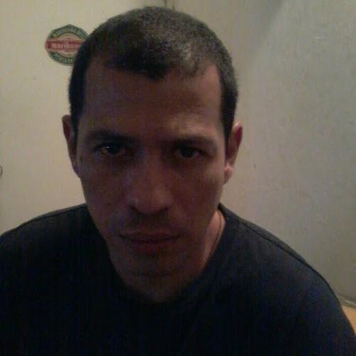 Milton F Osorio G's avatar