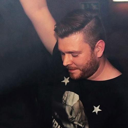 DJFanatic's avatar