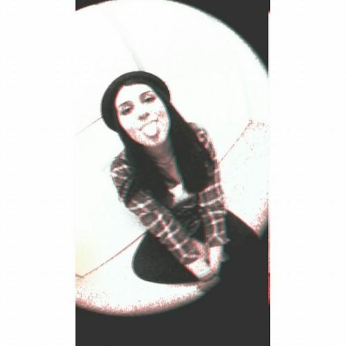 Ece Se's avatar