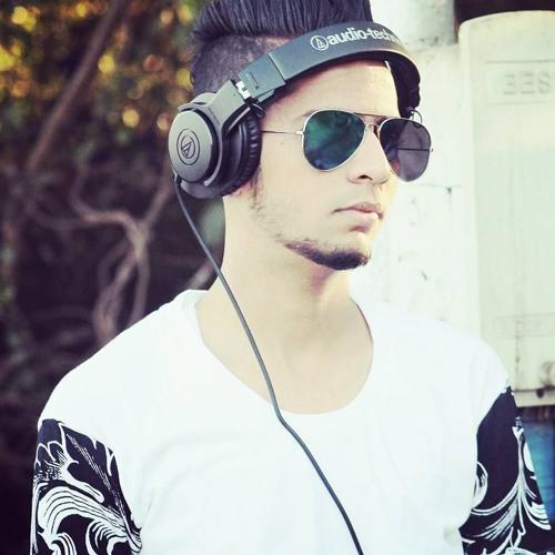 Waqas Shaikh's avatar