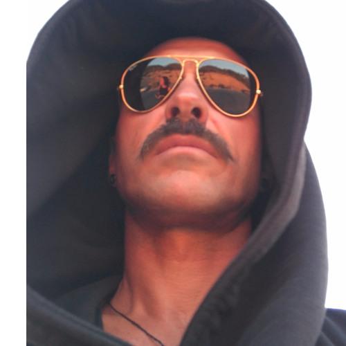 NrealFM's avatar