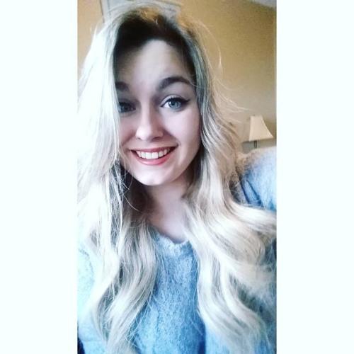 LeahRoberts's avatar