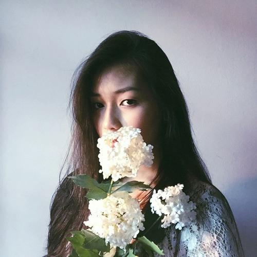 lovelywhitebone's avatar