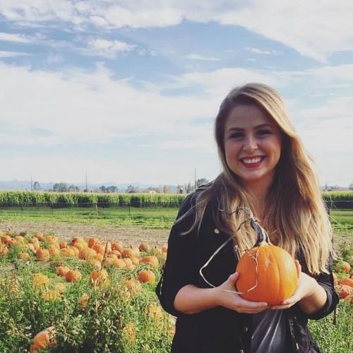 Katie McCartney 1's avatar