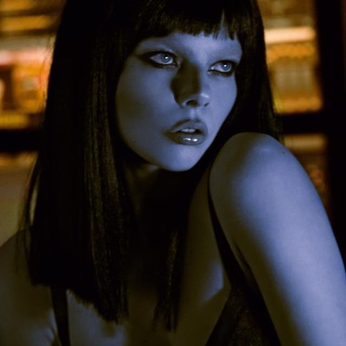 ALINA's avatar