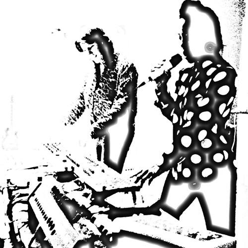 Anth & Debs's avatar